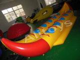 Giochi trainabili/gonfiabili di volo della migliore di qualità della Cina tela incatramata del PVC del tubo gonfiabile dei pesci dell'acqua Flyfish la barca di banana per il mare