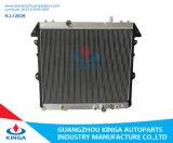 Toyota todo el radiador de aluminio para Hilux Innova'04-Diesel en con OEM 16400-0L150