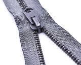 Metallreißverschluß mit grauem Farben-Band-und Daumen-Abzieher/hochwertigem