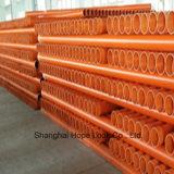 une pipe de PVC de qualité qui conduit l'électricité