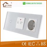 Zoccolo elettrico BRITANNICO superiore dello zoccolo di parete 1A USB+TV