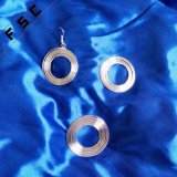 L'oro operato indiano ha placcato il disegno d'attaccatura degli orecchini del cerchio per le ragazze