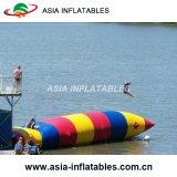 Goutte gonflable personnalisée de l'eau de taille, goutte gonflable de catapulte de l'eau à vendre