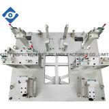 Dispositif de contrôle automatique de tuyau de ventilation de la climatisation
