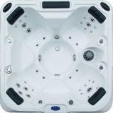 4人のジャクージの温水浴槽の鉱泉の浴室