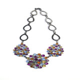 De nieuwe Oorring van de Armband van de Halsband van de Juwelen van de Manier van de Stenen van het Ontwerp Kleurrijke Vastgestelde