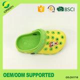 Los niños Water-Proof cerrado Toe sandalias zuecos de EVA para niños (GS-DX1718)