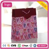 Bolsas de papel románticas del regalo del chocolate de los cosméticos del corazón del día de tarjeta del día de San Valentín