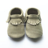 Симпатичное вязание крючком младенца конструкции автомобиля 2017 обувает Handmade Newborn ботинки съемки, связанный младенца
