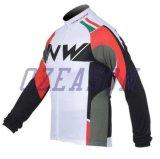 I vestiti di riciclaggio della squadra nazionale di buona qualità hanno impostato per gli uomini e le donne