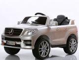 Mercedes Ml350 a autorisé la conduite sur le véhicule pour des gosses