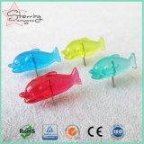 Duidelijke Kleuren 25mm van Kawaii de Plastic Speld van de Duw van de Vorm van Vissen Hoofd