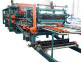 """Roulis en acier de panneau """"sandwich"""" de la couleur ENV formant la machine"""
