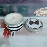 ハンドルが付いている錫の小さいバケツのカの反発する蝋燭