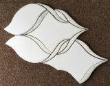 Белые мраморные плитки и плитки, белыми мраморными плитками, в гостиной на стену оформление интерьера мраморными плитками