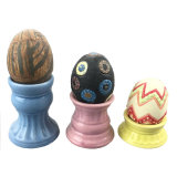 Ceramisch Eierdopje en Ceramische Geschilderde Eierschaal voor de Decoratie van Pasen