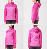 Revestimento exterior de Softshell do desgaste de Sportwear das mulheres
