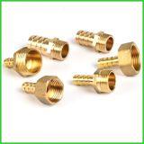 真鍮のネジのくだらない金属部分の泡CNC