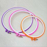 Redondo de plástico de alta calidad coloridos bordados Hoop