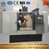 고품질 금속 공구 만들기를 위해 이용되는 최신 판매 CNC Vmc 수직 기계 센터
