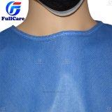 SMS Nonwoven estériles desechables bata quirúrgica con puño tejido