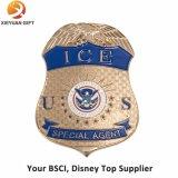 Distintivi della polizia del metallo dell'aquila dei regali di promozione con il Pin sicuro