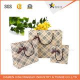 Qualitäts-Papierverpackungs-Schwarzesmatt-lamellenförmig angeordneter Papierbeutel