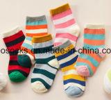 Caliente de venta al por mayor de calcetines de algodón suave Bebé