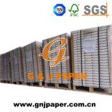 Enduit RCN de papier dans la palette de la facture d'emballage producion de livre