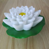 Romantique lumière aux fleurs flottant en plastique pour l'utilisation de la piscine de jardin