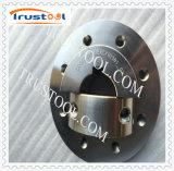 CNC que manufatura as peças mecânicas do conjunto