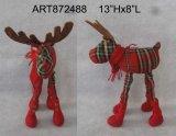 Стоящий подарок украшения северного оленя косички рождества