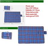 Pique-nique confortable de promotion de polyester mat, Voyage Couverture de laine polaire avec poignée