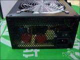 12cmの冷却ファンが付いているコーティングの黒い300W ATXの切換えのパソコンの電源