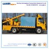 Leitschiene-Sicherheitsschranke-Installations-LKW mit Felsen-Bohraufsatz