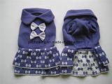 Nuovo pannello esterno del maglione dell'animale domestico di disegno. Prodotti del pannello esterno del cane