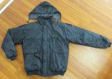 남자의 옥외 산업 겨울 방수 폴리에스테에 의하여 길쌈되는 안내하는 재킷 (IC31)