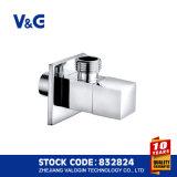 Válvula de ángulo de cobre amarillo vendedora caliente del precio al por mayor de Valogin (VG14.90111)