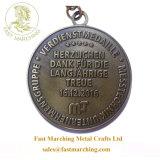 カスタム昇進のギフトの円形浮彫りの金金の馬軍メダルリボン