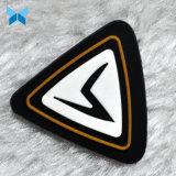 Emblema de borracha macia personalizado para Sportwear Moda