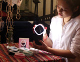 메이크업 미러와 800mAh 힘 은행 (RK20)를 가진 가장 새로운 디자인 전화 Selfie 반지 빛