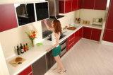 Bancadas de superfície contínuas da cozinha de Staron Corian