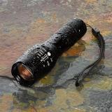 Zoomable tactique Lampe torche rechargeable T6 5 Modes Lampe torche à LED