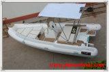 el material de los 6.0m Hypalon, provee de costillas el barco inflable