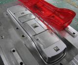 Fabricante de moldes de inyección de plástico para piezas transparentes de piezas de motocicleta