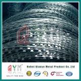 Высокое качество материалов с возможностью горячей замены ближний свет оцинкованной проволоки или бритвы бритвы из колючей проволоки