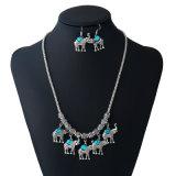 Insiemi popolari dei monili del turchese dell'elefante di modo retro