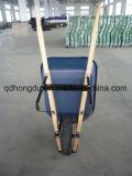 木のハンドルが付いている高品質Wh7808の一輪車
