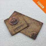 衣服のための古代印刷されたこつの札