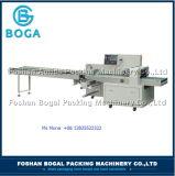 Máquina de embalagem do fluxo da máquina do motor de Sevo de 3 linhas centrais
